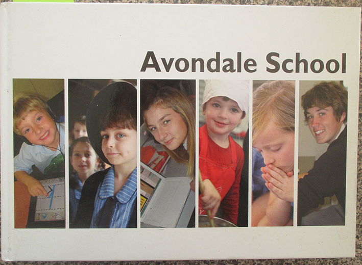 Image for Avondale School (2011 Yearbook)