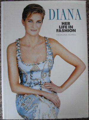 Image for Diana: Her Life in Fashion